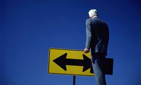 Por que não podemos simplesmente pedir demissão e sair  porta afora para fazer algo novo?